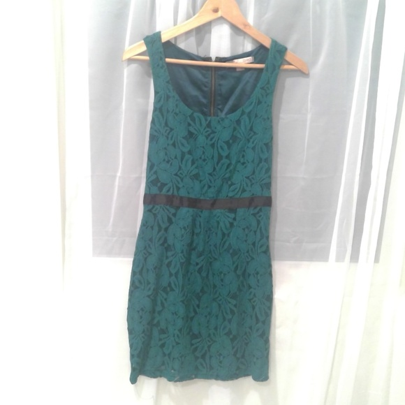 Forever 21 Dresses & Skirts - Teal and Black Lace Sheath Dress